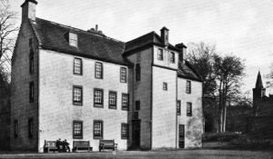 Pittencrieff House