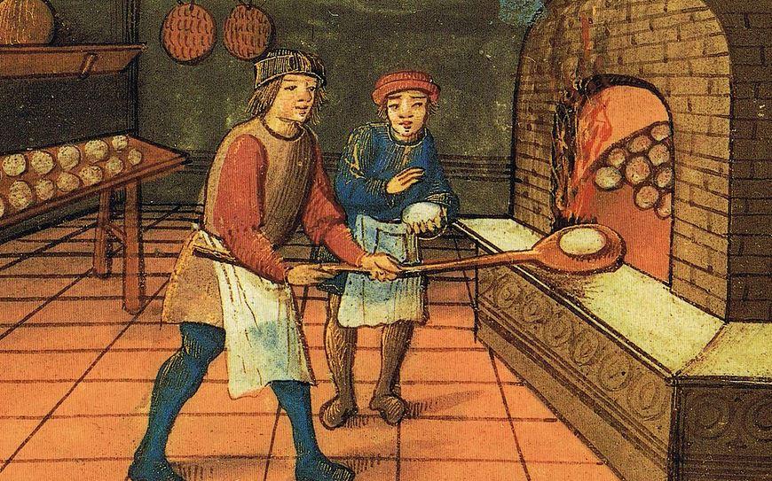 alt='medieval_baker'