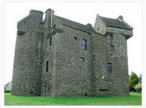 Claypotts Castle