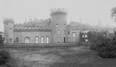 Lea Castle